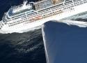 Cruise_Ship_off_Cape_Byron